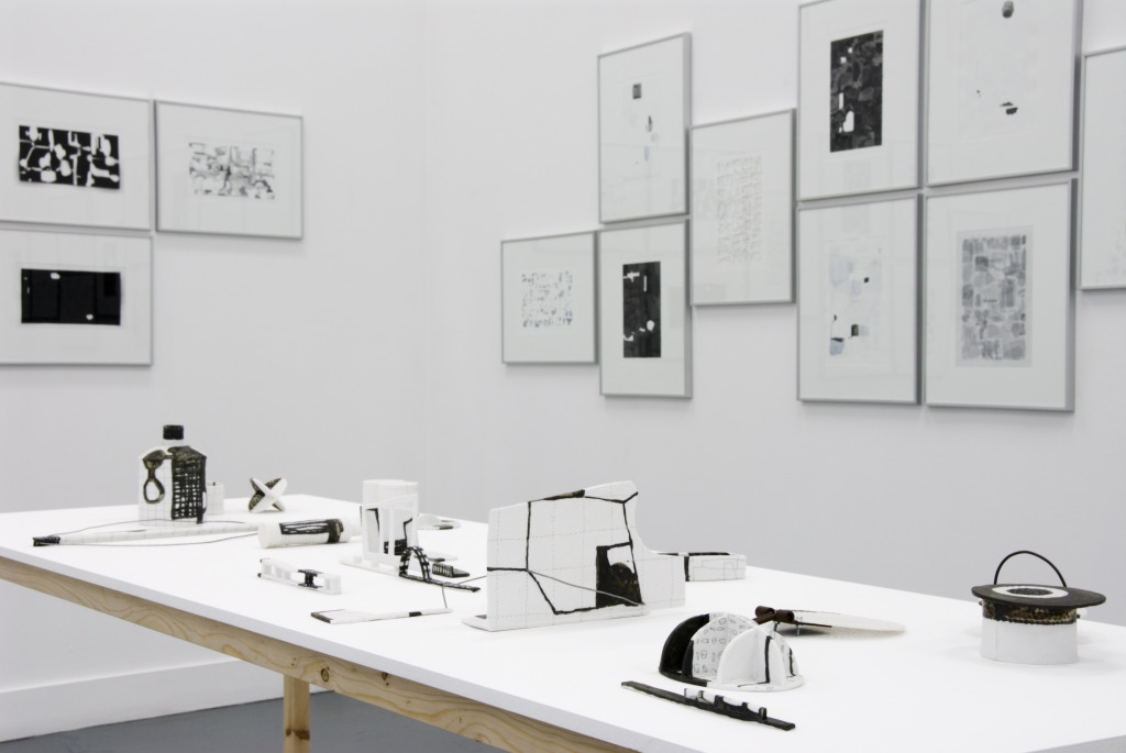 tania rollond objects and images table 2011
